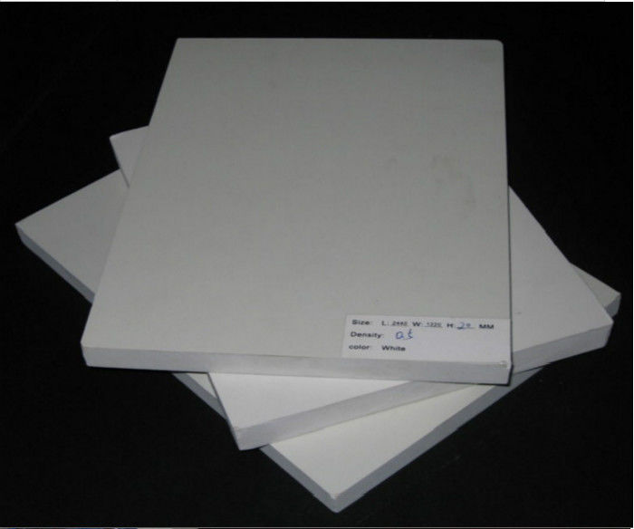 High Hardness Cutting Waterproof Pvc Sheets Humidity Resistance Cellular Structure